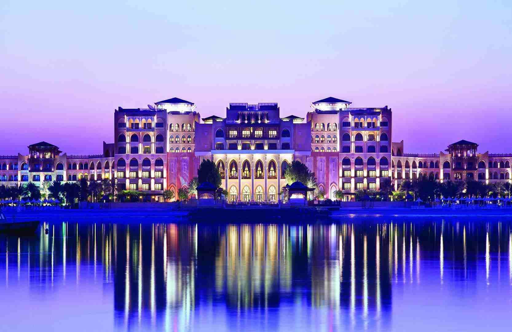 SHANGRI-LA-HOTELS-1558532848.jpg