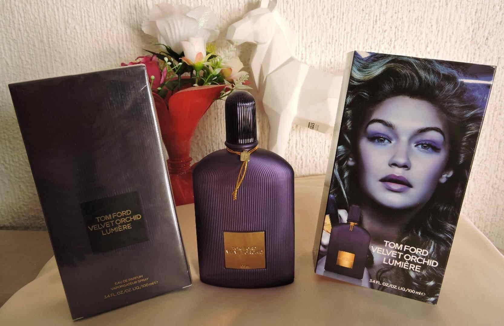 Tom-Ford-Velvet-Orchid-Lumiere-1558523884.jpg