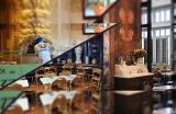 mezzaluna-restaurant-1569661045.jpg