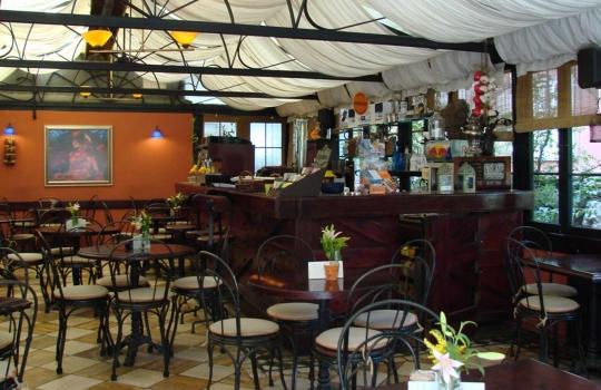 Cafe-des-Cafes-1569658747.jpg