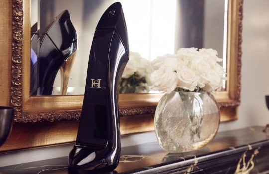 Carolina-Herrera-Good-Girl-1558523807.jpg