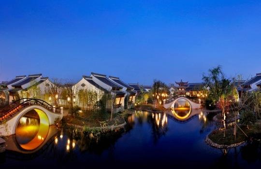 banyan-tree-hotels-1558532622.jpg