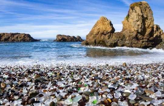 glass-beach-california-usa-1552650967.jpg