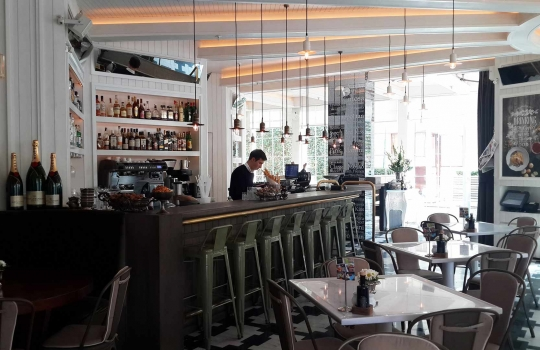 la-gioia-restaurant-1569660900.jpg